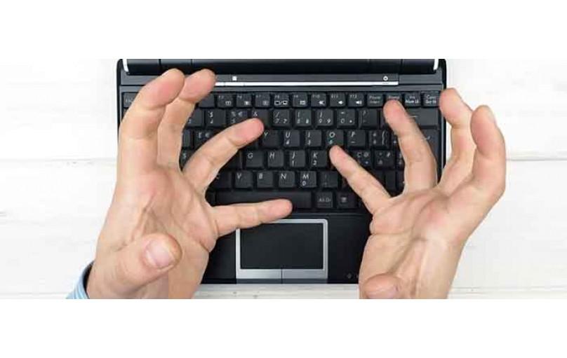 ۱۰ روش رفع مشکل کار نکردن بعضی از دکمه های کیبورد لپ تاپ و کامپیوتر