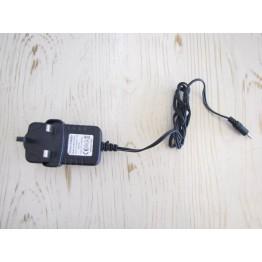 شارژر اصلی تبلت سوزنی    Tablet Charger 5V 2000mA